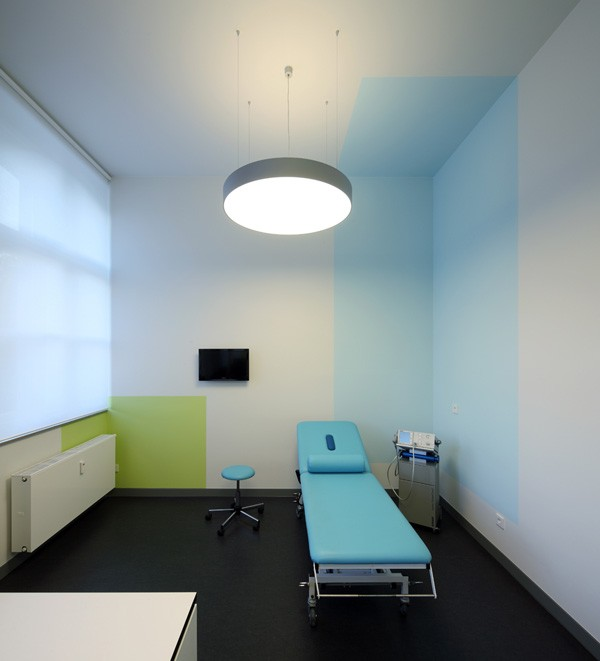 manus klinik krefeld raumkontor. Black Bedroom Furniture Sets. Home Design Ideas