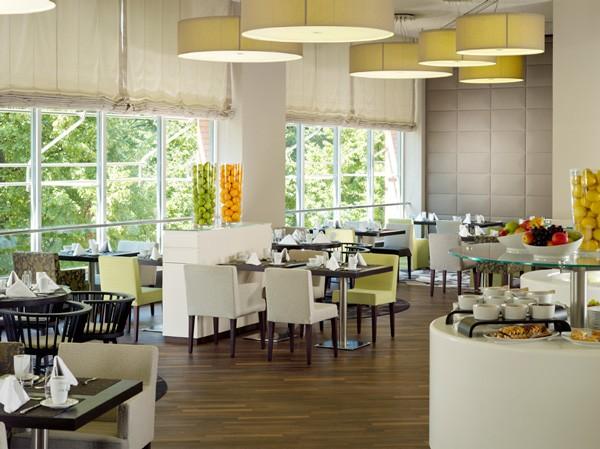 hillmann 39 s restaurant bremen raumkontor. Black Bedroom Furniture Sets. Home Design Ideas